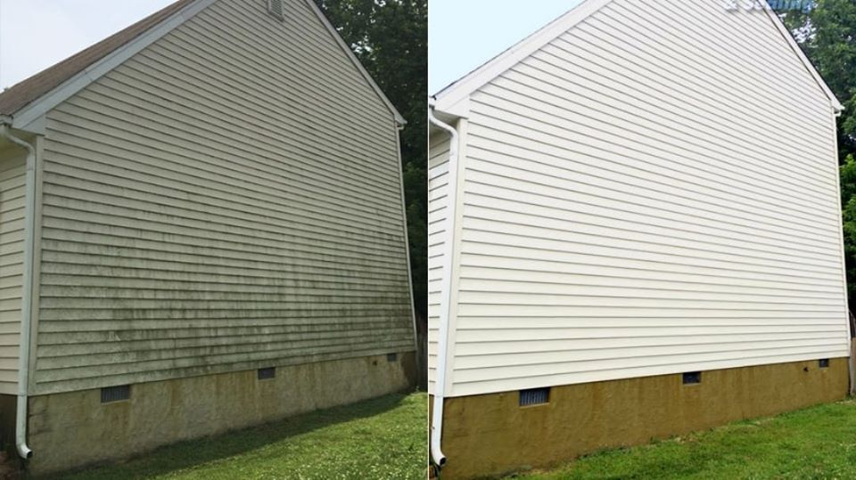 Power washing siding Conway Arkansas